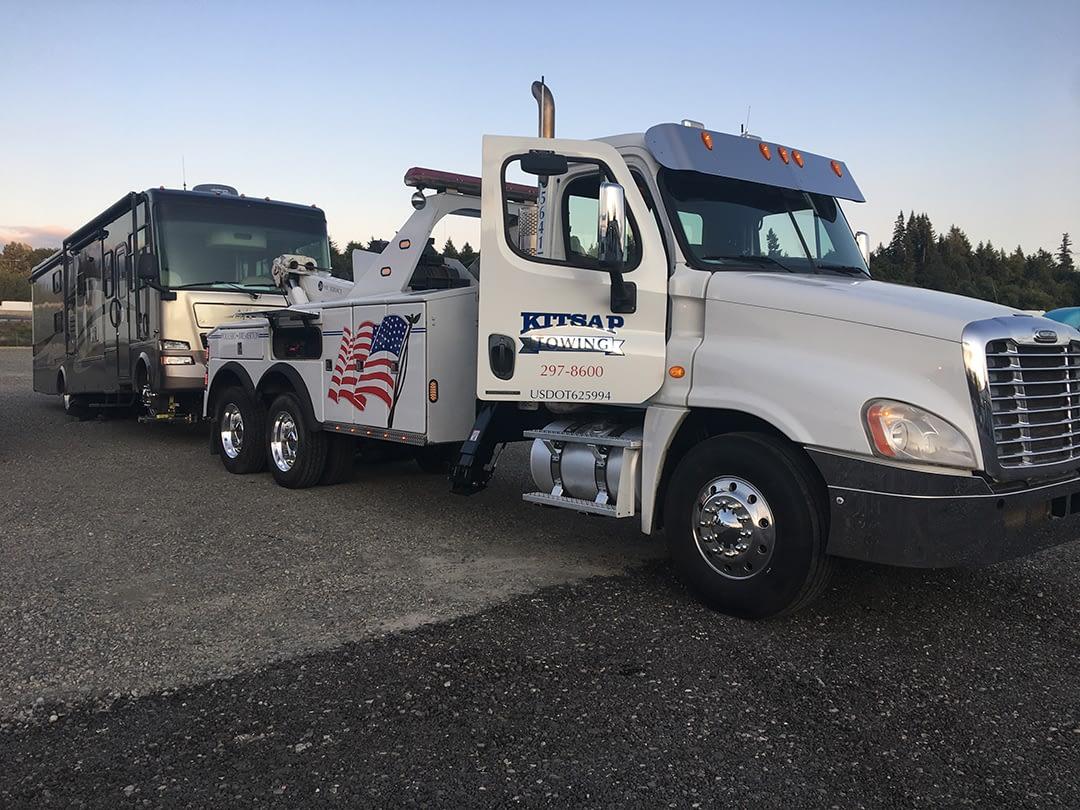 Heavy Duty Truck Towing